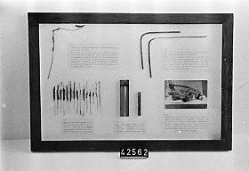 Montage med ledningar som skadats av den magnetiska stormen 1909.