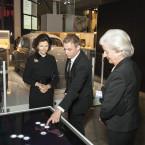 Drottning Silvia och museets pedagog Tomas Ribba på innovationssafari